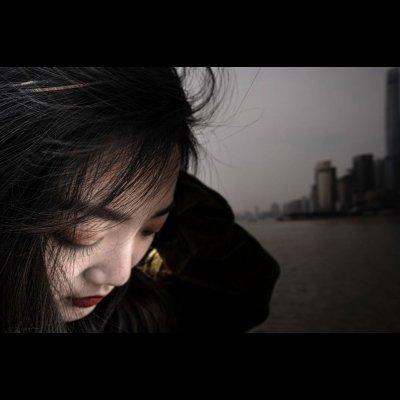 ph. Mariagrazia Beruffi, Ragazza zona residenziale periferia Nanchino